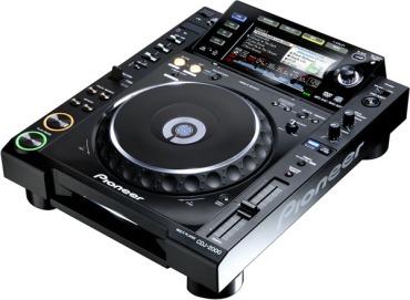 Pioneer-cdj2000-1