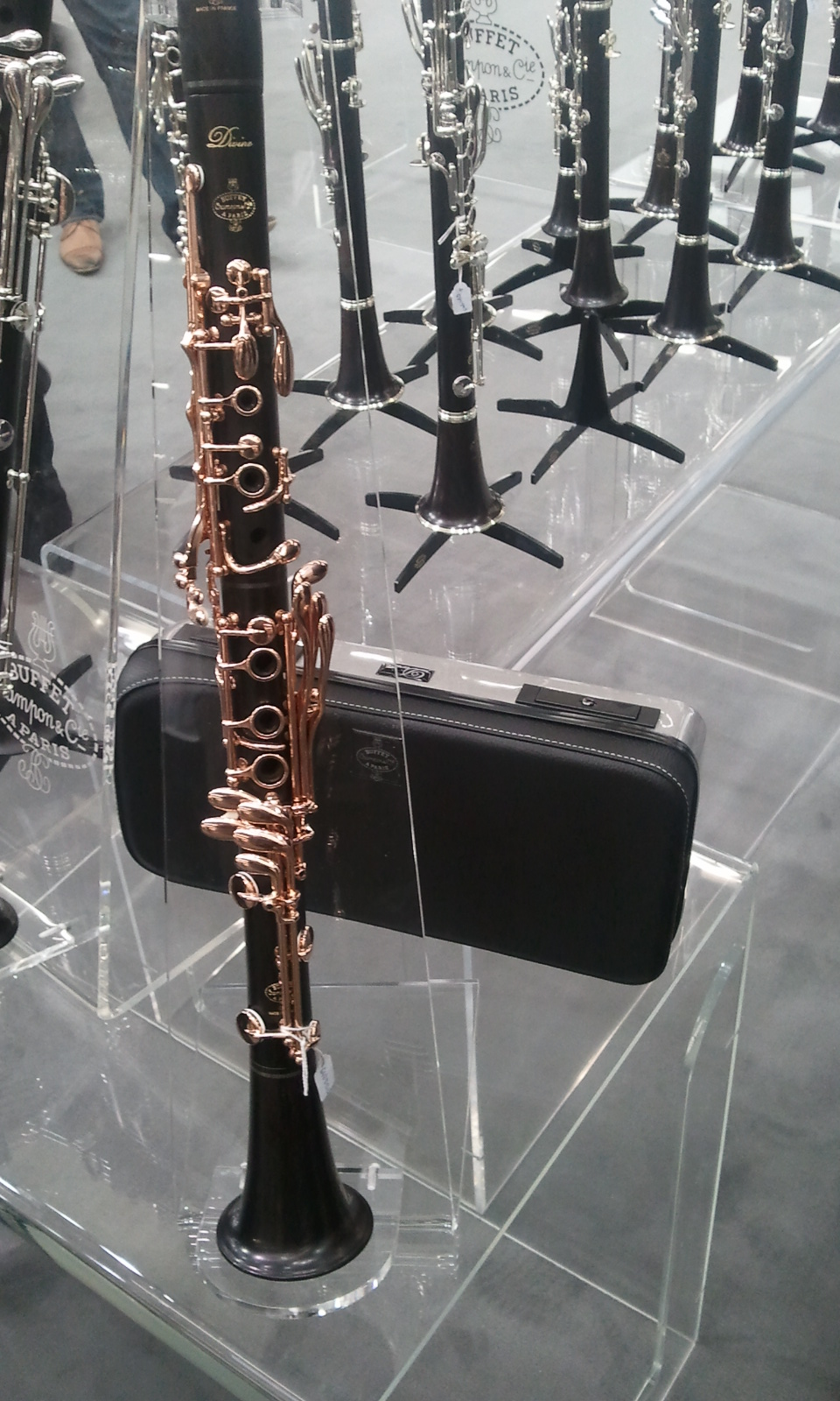 Astonishing Presentacion Oficial Nuevo Clarinete Buffet Divine Musicasa Home Interior And Landscaping Eliaenasavecom