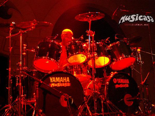 billy cobham en mallorca, drums by musicasa