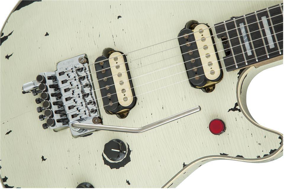 Eddie_Van_Halen_EVH_Relic_Wolfgang_Ivory_5 (1)