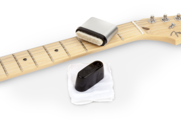 Fender Speed Slick Guitar String Cleaner